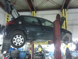 Peugeot 207 ремонт